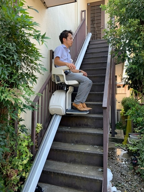 屋外 階段リフト