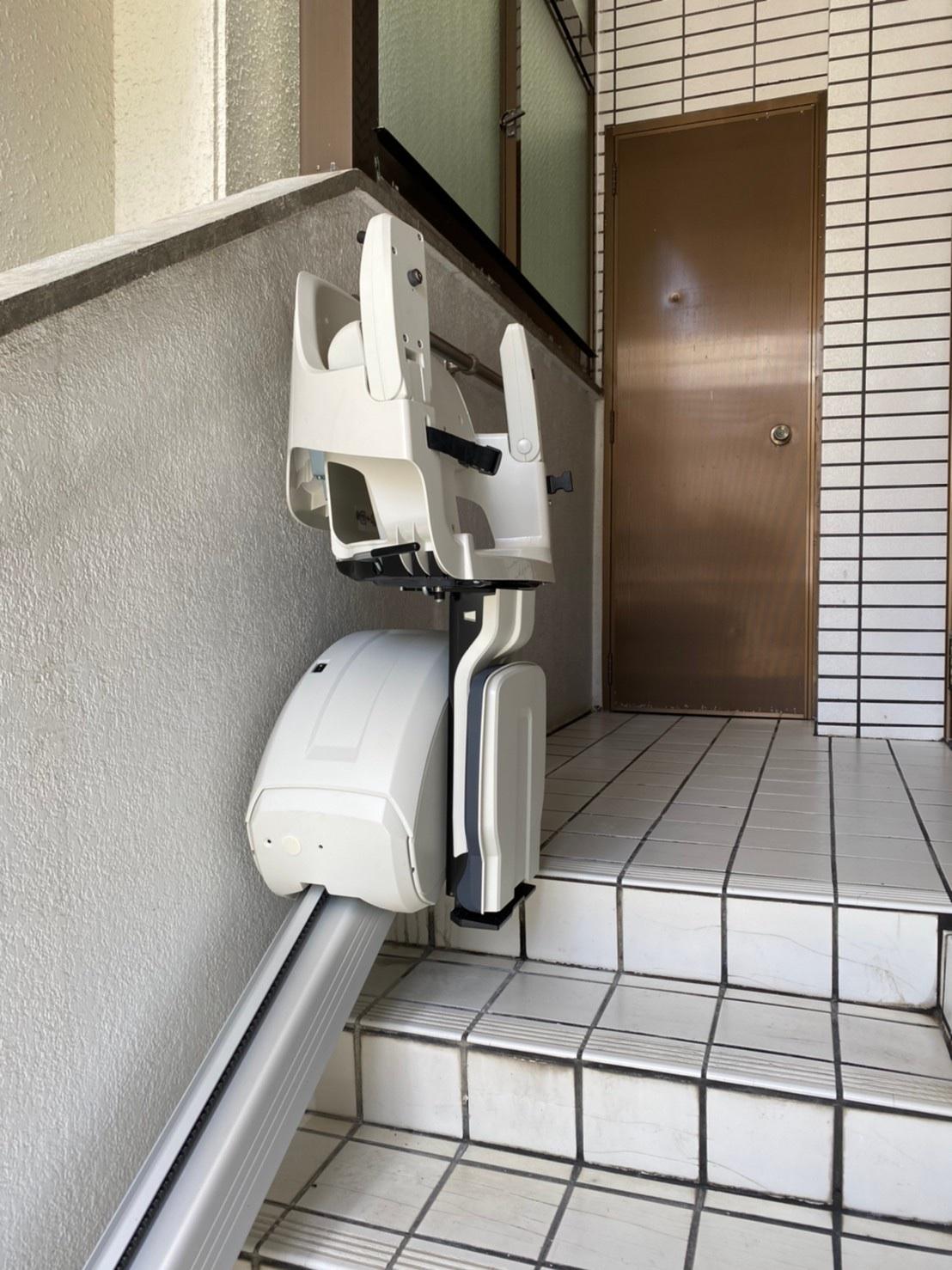 階段リフト(上階)折畳まれた状態