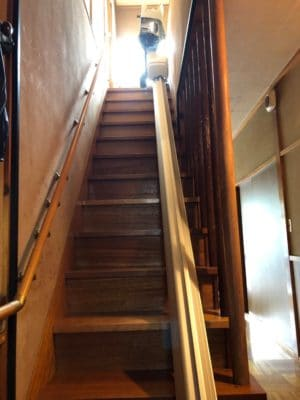 階段昇降機 レール