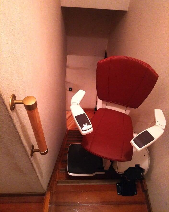 階段昇降機(上階)写真