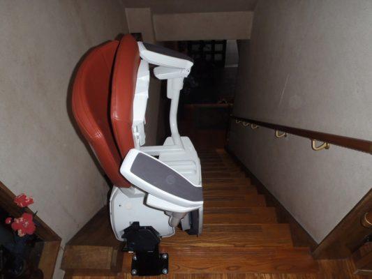 名古屋 階段昇降機(階段リフト)